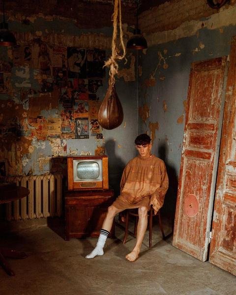 Фото №8 - Одиночество в дурдоме: сумасшедшая фотосессия Артура Бабича 🤯