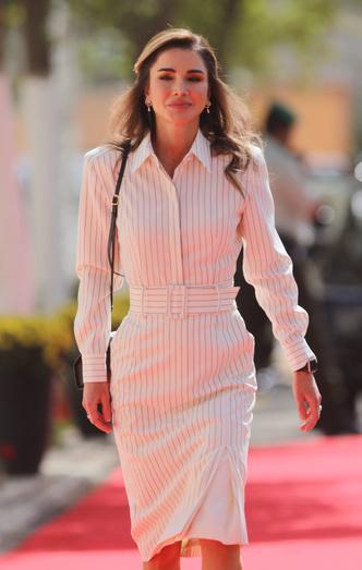 Фото №6 - Стельки, сеточки и резинки: секретные модные лайфхаки королевских особ