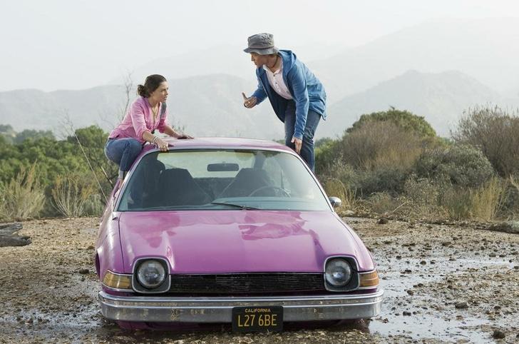 Фото №13 - Как в «Золушке»: 16 фильмов о любви популярного парня и обычной девчонки