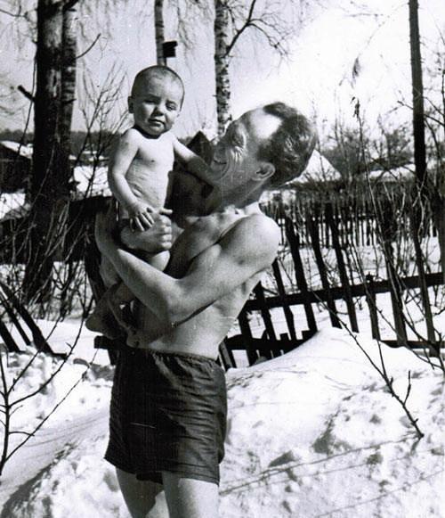 Фото №5 - Тепляковы по-советски: как эксперимент семьи Никитиных, воспитывавших людей будущего, не сделал из детей гениев