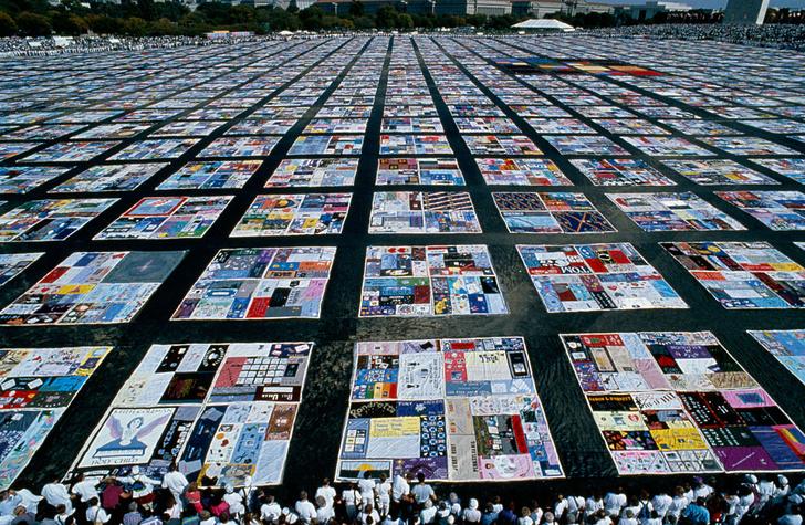 Фото №1 - Галерея: как лоскутное одеялостало символом памяти жертв СПИДа