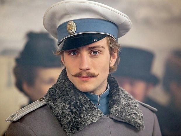Фото №6 - 10 героев классической литературы, которые научили нас влюбляться в «неправильных» мужчин