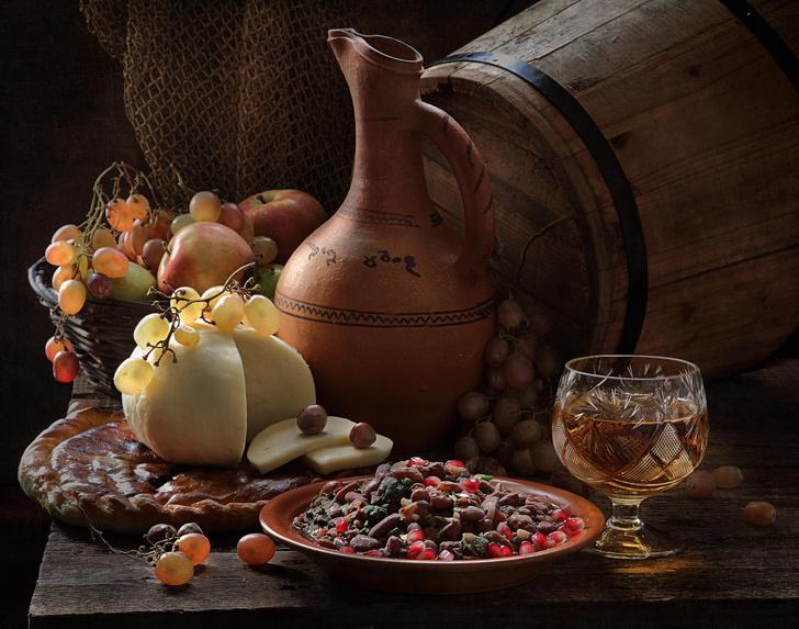 Фото №1 - Сытная горячая закуска: горячее лобио из красной фасоли с бараниной
