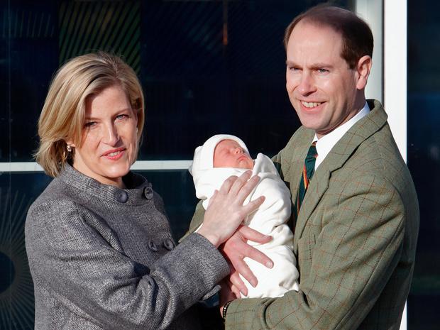 Фото №5 - Королевский выбор: где появится на свет ребенок принцессы Евгении