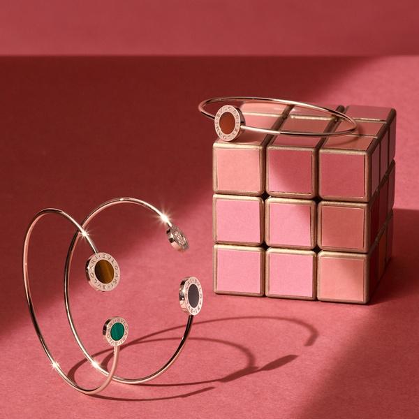 Фото №2 - Выигрышная комбинация: марка Bvlgari представила три коллекции браслетов