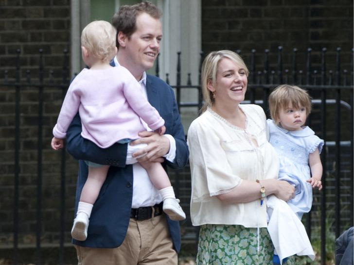Фото №2 - Как внуки Камиллы называют принца Чарльза (спойлер— не дедушкой)