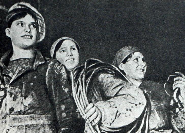 Мейкап по-советски: тренды макияжа женщин СССР