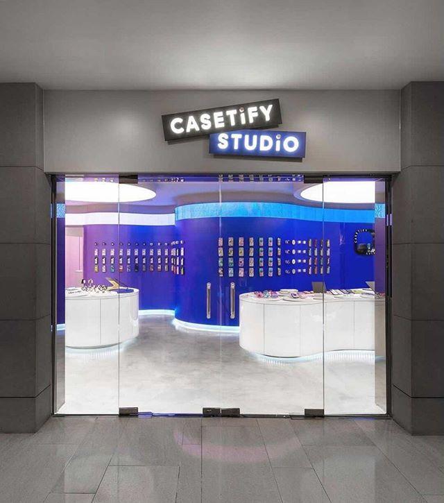 Фото №5 - Магазин CASETiFY Studio в Гонконге по дизайну Гарри Нуриева