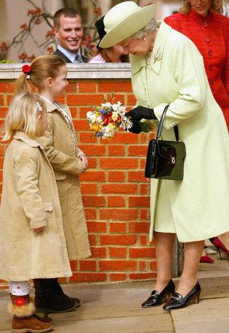 Фото №4 - Одним цветом: как королевские особы носят монохромные образы— 30 вдохновляющих примеров