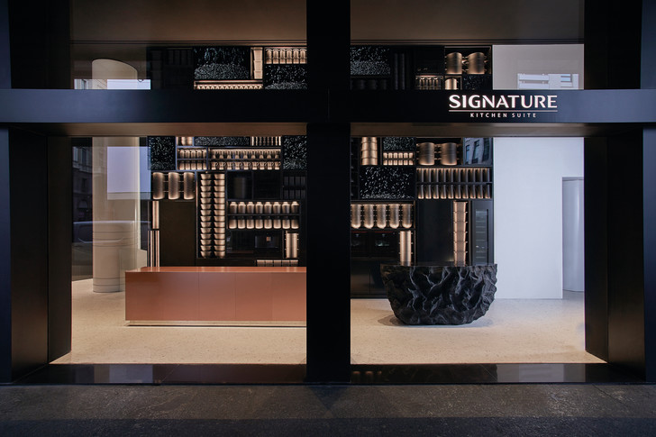 Фото №1 - Шоурум Signature Kitchen Suite в Милане