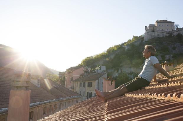 Фото №1 - Крыша: толкование сонников, видеть крышу дома во сне