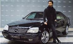 Денис Клявер купил коллекционную машину из девяностых