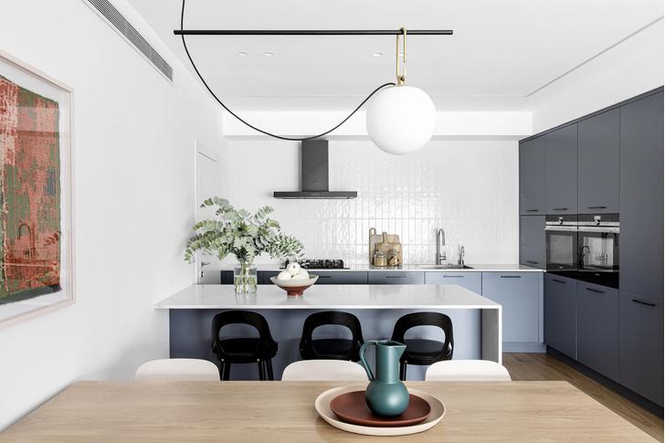 Фото №7 - Светлая квартира с яркими акцентами в Тель-Авиве