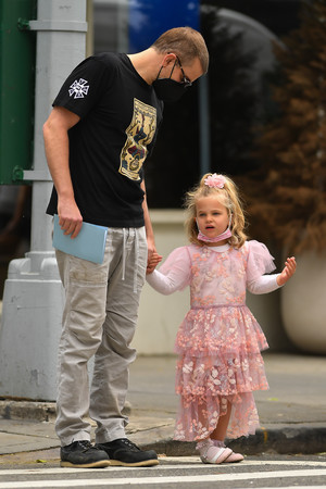 Фото №4 - Папина принцесса: Лея Купер Шейк— самая маленькая звезда Нью-Йорка