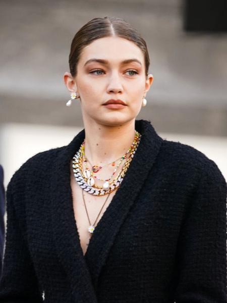 Как носить золото, чтобы не выглядеть нелепо