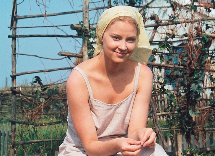 Фото №4 - Бывший женился, роль не дали: как Светлана Ходченкова справляется с проблемами в личной жизни и карьере