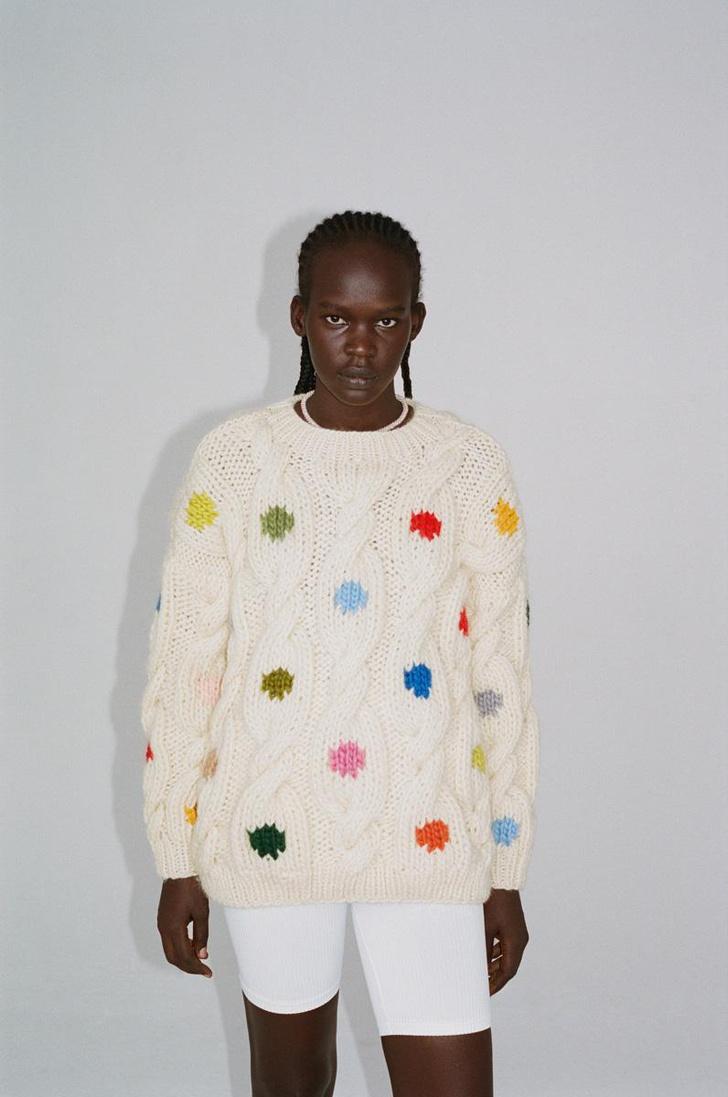 Фото №8 - 12 ярких свитеров, которые сделают вашу осень уютной