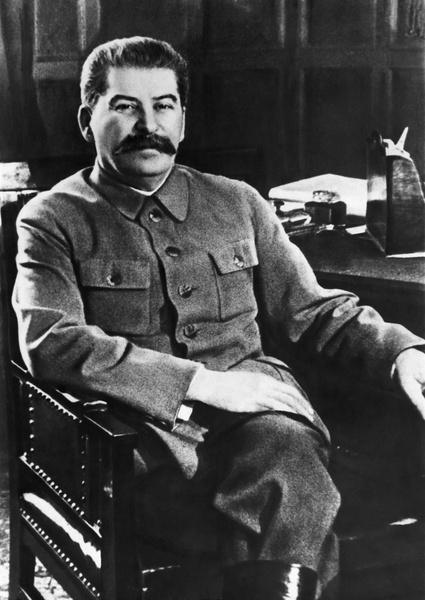 Фото №4 - Прима Большого и тайная любовница Сталина: кого сыграет Бузова на сцене МХАТ?