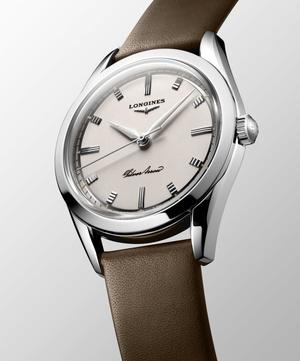Фото №2 - Назад в будущее: Longines воссоздали оригинальную модель 1950-х годов