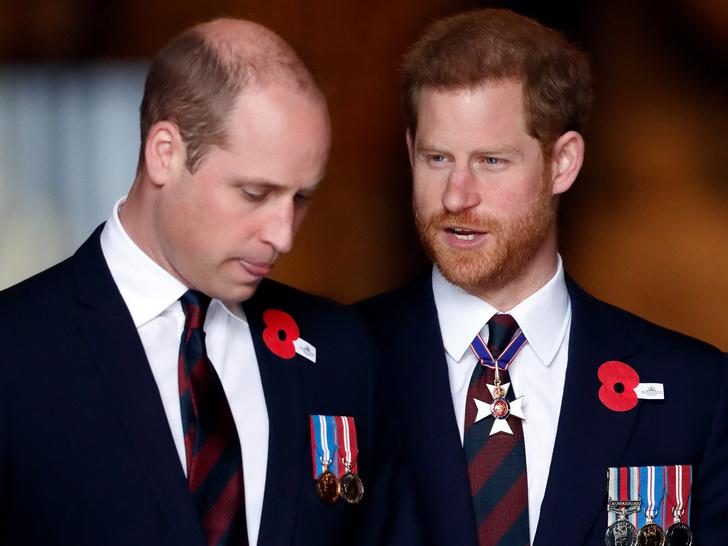 Фото №1 - Когда принц Гарри понял, что больше не хочет быть частью королевской семьи (спойлер— задолго до Меган)