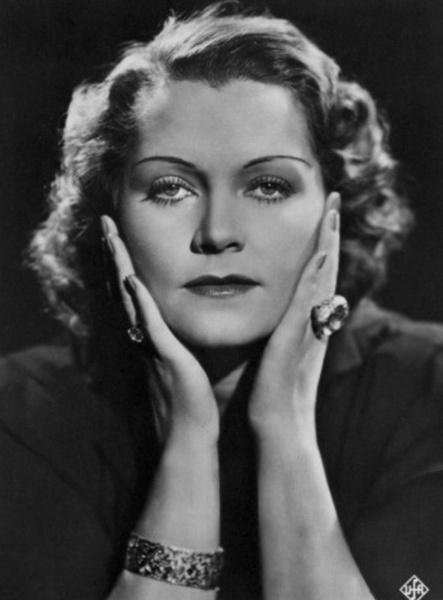 Фото №5 - Актриса или шпионка? Кем была Ольга Чехова, влюбившая в себя Гитлера