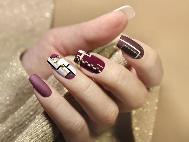 Фото №4 - Маникюр для длинных ногтей: 15 идей на любой случай