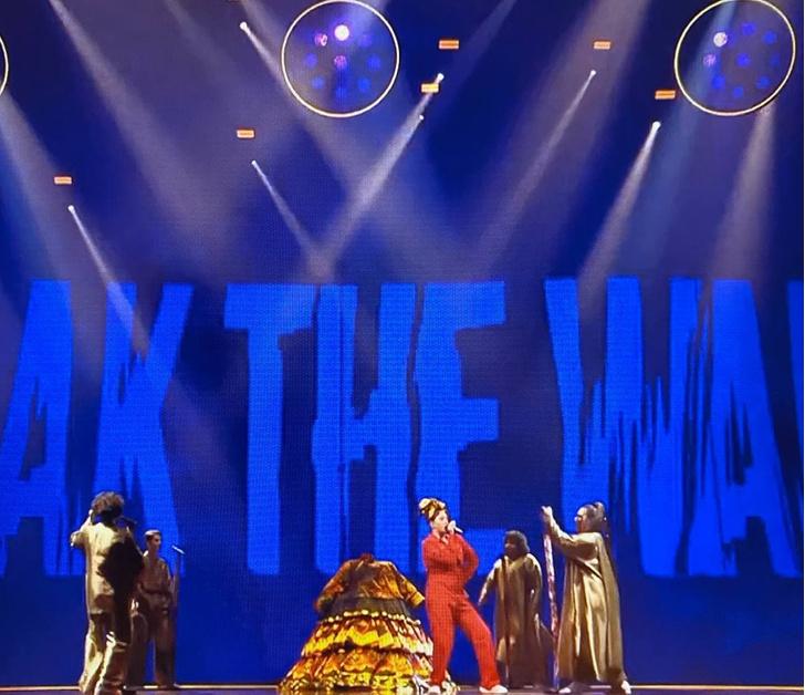 Фото №3 - Манижа прошла в финал «Евровидения»