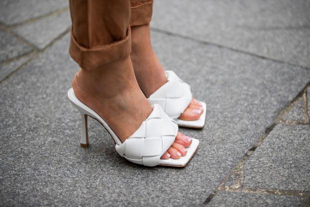 Самая модная обувь весны и лета 2021: