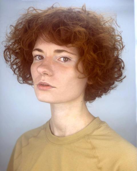 Фото №49 - Короче! 80 стильных стрижек для тех, кому надоели длинные волосы