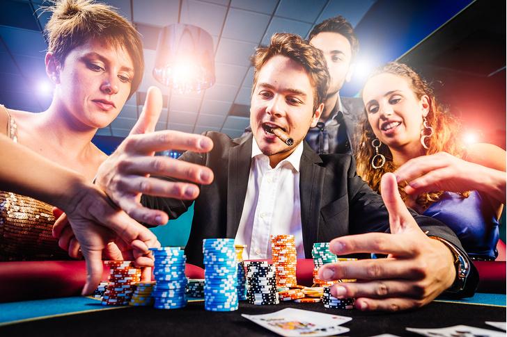 Фото №1 - Как симулировать способности математического гения за покерным столом?