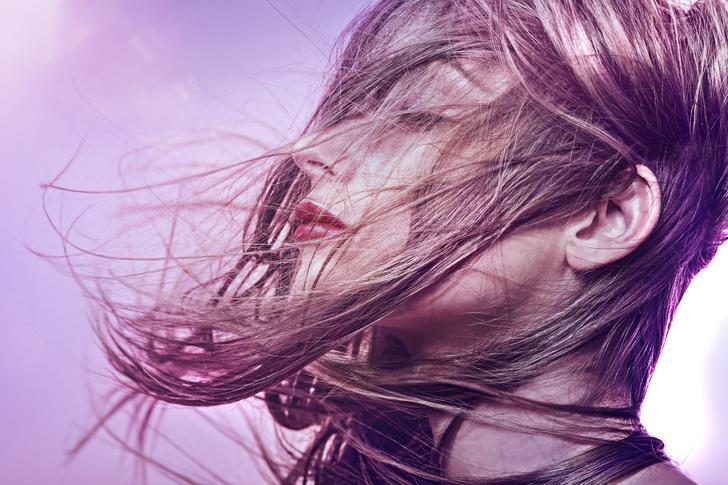 Фото №1 - Бондинг: все о том, почему теперь волосы красят без вреда