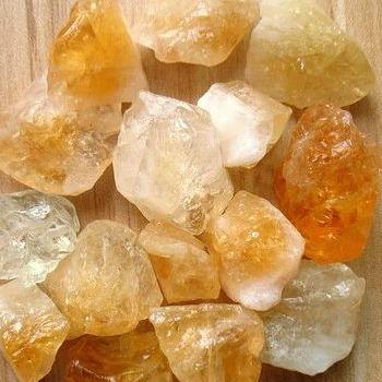 Фото №3 - Какой кристалл подарит удачу твоему знаку зодиака?