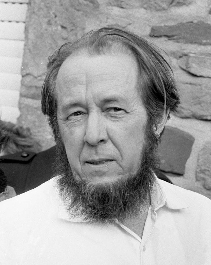 Фото №5 - Важно знать: 5 нобелевских лауреатов по литературе из России