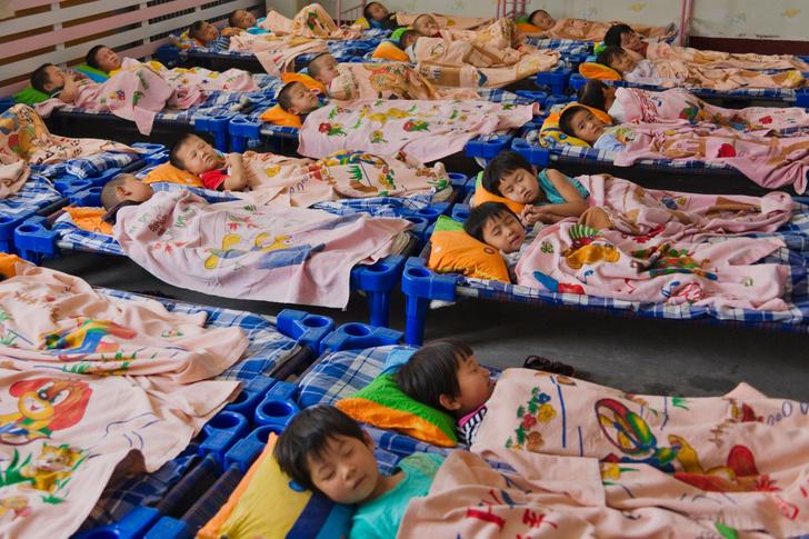 Фото №6 - «Ужасно для России, а для Запада роскошь»: как спят в детских садах за границей