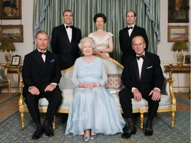 Фото №3 - Семейные трудности: что не поделили принцесса Беатрис и герцогиня Кейт