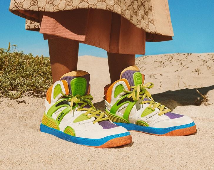 Фото №1 - Gucci представили первые кроссовки, сделанные из деметры. И теперь о них мечтает весь мир