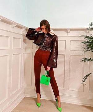 Фото №31 - Как носить ярко-зеленый цвет— самый модный в этом сезоне