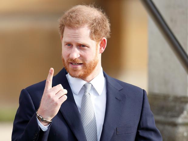 Фото №1 - Почему Гарри и Арчи могут исключить из числа наследников престола (и это будет здравым решением)