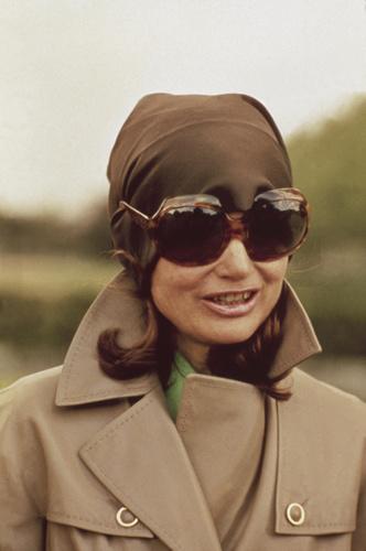 Фото №9 - Любимые солнцезащитные очки Жаклин Кеннеди