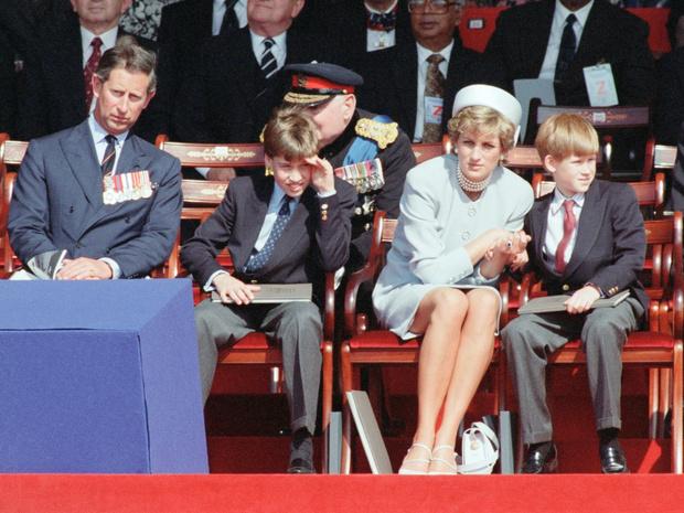 Фото №2 - Мама-хулиганка: какой подарок Диана сделала на 13-летие Уильяма (и почему принц смутился)