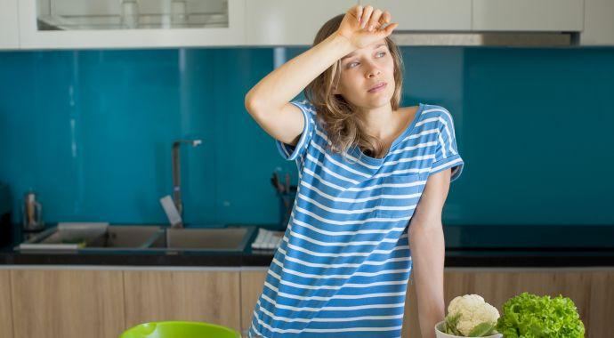 Работающие домохозяйки: почему мы берем на себя все?
