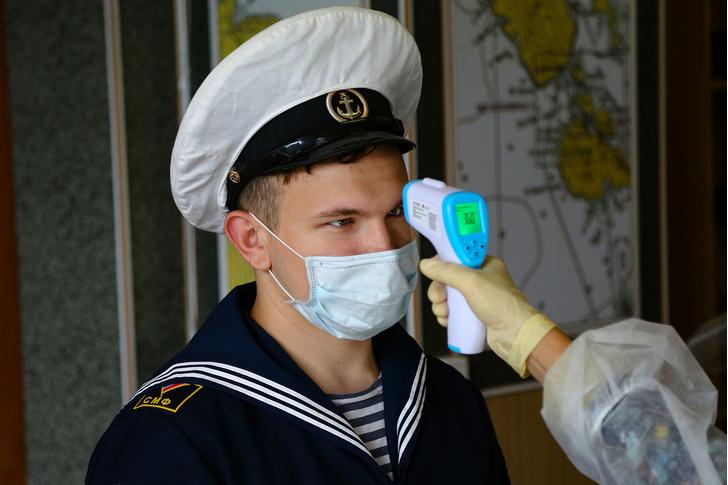 Фото №1 - В Роспотребнадзоре признали, что при легком течении ковид «на глаз» не отличить от гриппа