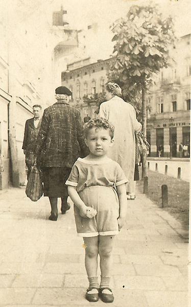 Фото №2 - Иосифу Кобзону – 80: «Собираю семерых внуков и говорю: «Пойте!»