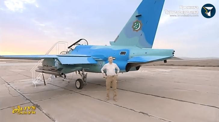 Фото №1 - Лучшие шутки о полете президента Туркменистана на новом военном самолете