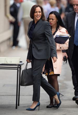 Фото №9 - Ролевая модель: как одевается вице-президент США Камала Харрис