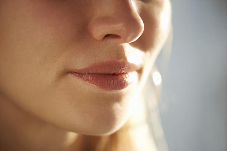 Фото №1 - Герпес на губах: симптомы и лечение простуды на губах