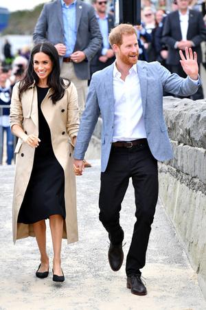 Фото №7 - Выбирая классику: как королевские особы носят тренчи