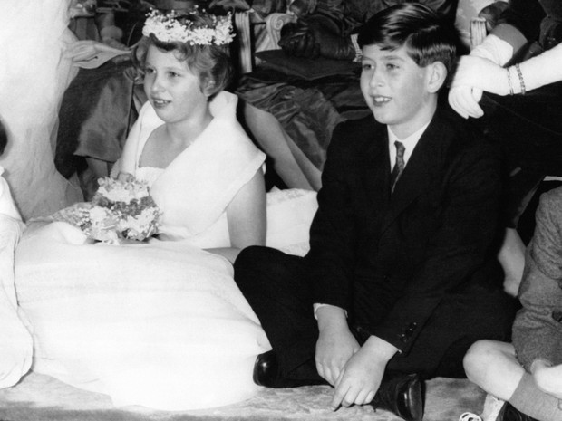 Фото №2 - Выстраданное счастье: что общего между браками принца Чарльза и принцессы Анны