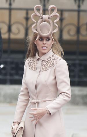 Фото №20 - Новые правила: как изменился стиль гостей на королевских свадьбах за последние 10 лет