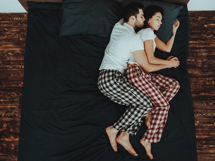 Фото №9 - Тест на отношения: о чем говорит поза, в которой вы спите с партнером